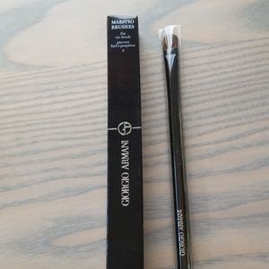 Giorgio Armani Maestro Flat Eye Brush #8